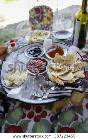 Traditional Turkish Village Breakfast Stok fotoğraf ©
