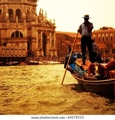Traditional Venice gandola ride