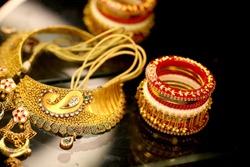 traditional wedding jewellery kangan bracelet neckless haar