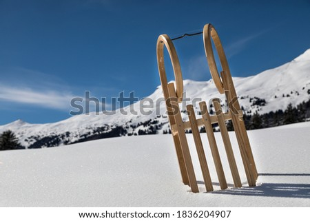 traditional wooden sled in the snow ストックフォト ©