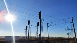 traffic lights for trains with shiney sun