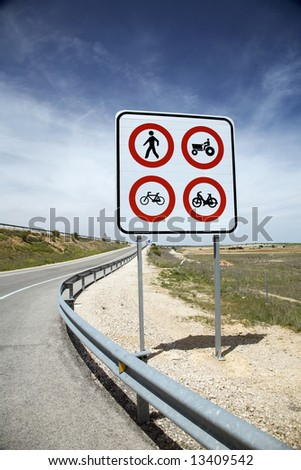 traffic limit sign on a spanish higway
