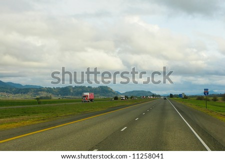 Traffic on Interstate 5 in Oregon