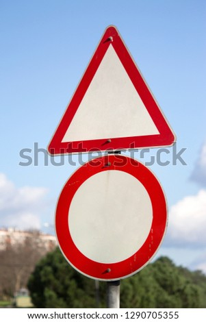 Traffic Sign-Road Sign