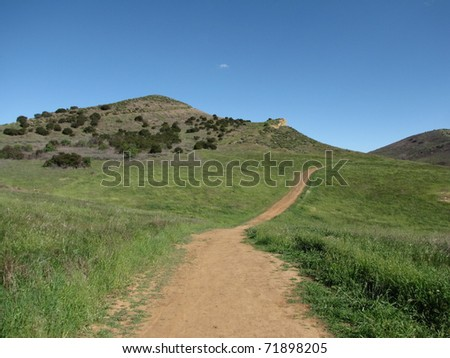Trails and hills in Lang Ranch, Thousand Oaks, CA