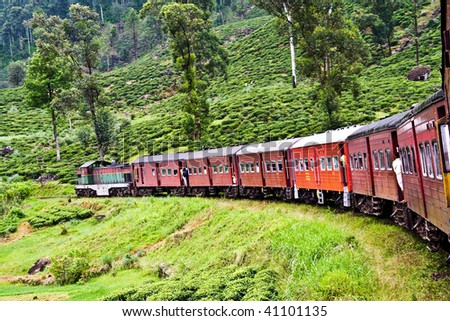 train from Nuwara Eliya to Colombo, beautiful highland ride and countryside