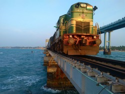 Train through pamban bridge rameshwaram