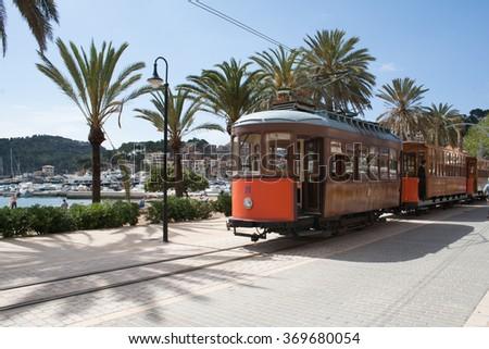 tram train soller