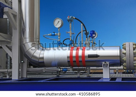Transportation and measuring of gas and oil through pipes