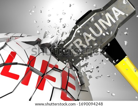 Trauma and destruction of health and life - symbolized by word Trauma and a hammer to show negative aspect of Trauma, 3d illustration Foto d'archivio ©