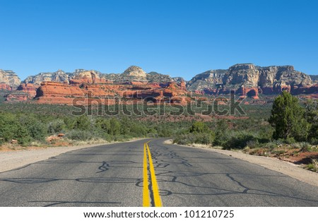 Travel road from Flagstaff to Sedona Arizona.