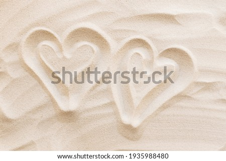 Travel, vacation, honey moon concept. Heart shapes on the sand. Love for two. High quality photo Foto stock ©