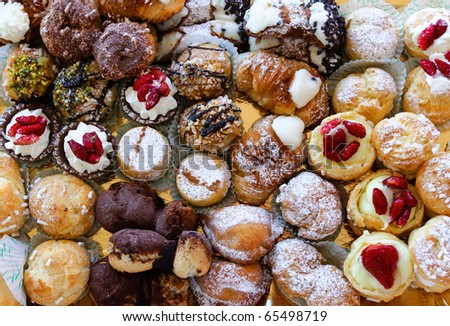 tray of sweets varied typical of Sicily