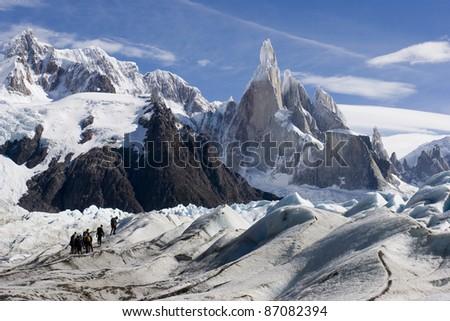 Trekking to the Cerro-Torre peaks