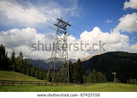 Trellis the cableway in Val Gardena