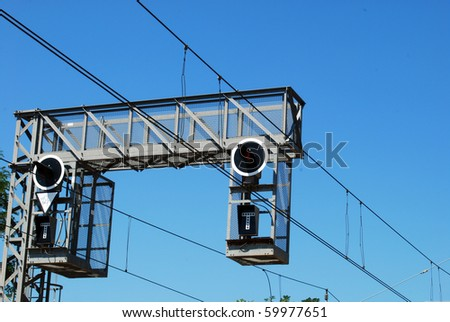 Trellis with traffic light signals at a railway station