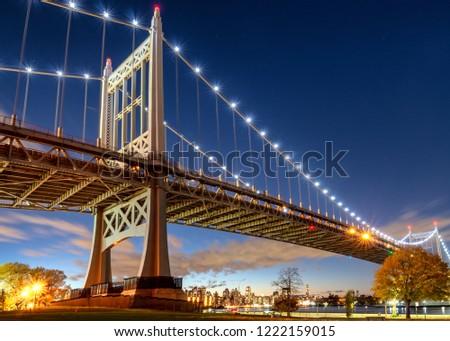 Triborough Bridge or Robert F. Kennedy Bridge, at night, in Astoria, Queens, New York. USA Stock fotó ©