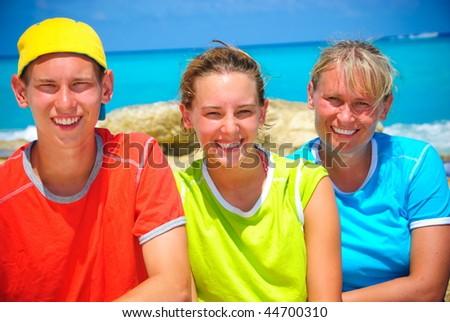 Trio in Cancun