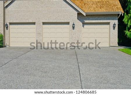 Triple doors garage. North America.