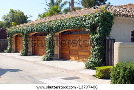triple garage at beach estate