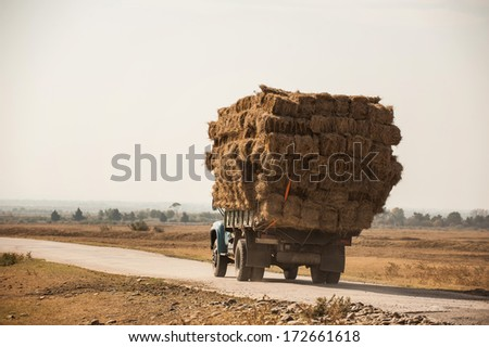 truck with straw
