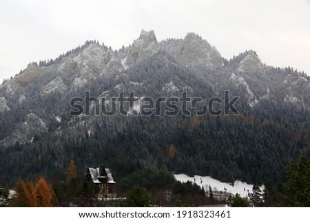 Trzy Korony - Three Crowns peak in Pieniny National Park, Poland Zdjęcia stock ©