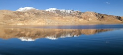 Tso Moriri lake in Rupshu valley, Chamser and Lungser Kangri - Ladakh - Jammu and Kashmir - India