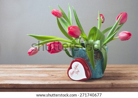 Tulip flowers and gift box for Mother\'s Day celebration