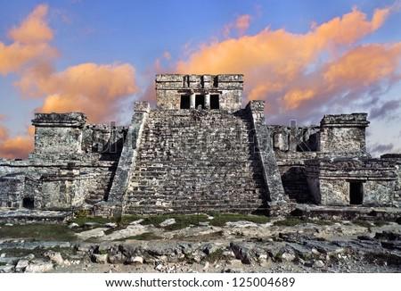 Tulum Mayan ruins off the Yucatan, Mexico