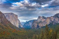 Tunnel view Yosemite in autumn