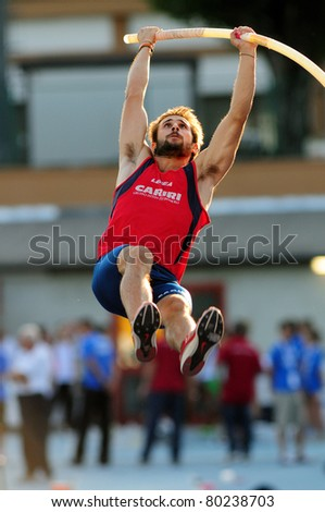 TURIN, ITALY - JUNE 25: FUSIANI Simone jumps at men's pole vault during the 2011 Summer Track and Field Italian Championship meeting on June 25, 2011 in Turin, Italy.