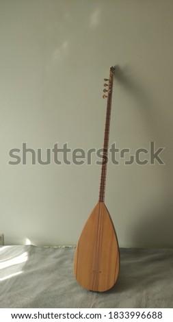 Turkish traditional music instrument baglama closeup Stok fotoğraf ©