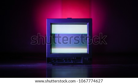 tv old vintage color