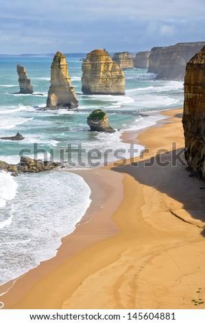 Twelve Apostles along Great Ocean Road, Victoria (Australia)