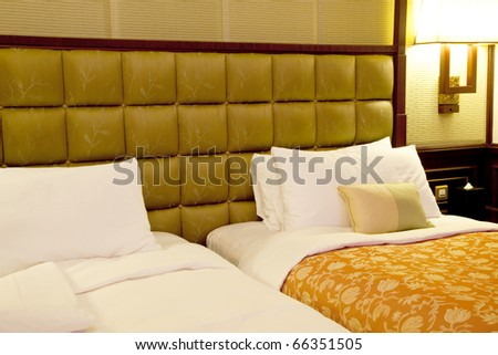 Twin bed room with pillow and quilt cover