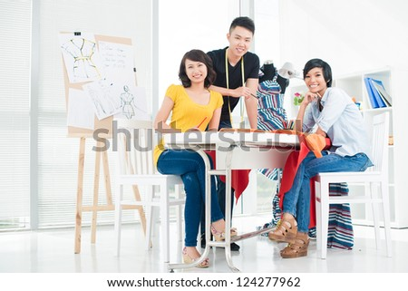 A around Asian table girls