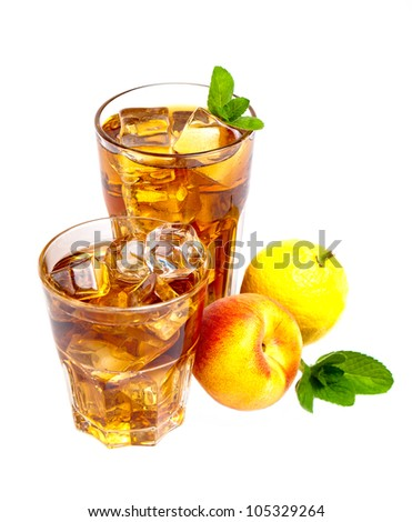 Two glasses of refreshing peach, lemon and mint ice tea