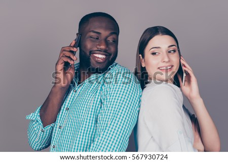 lovers talking in phone