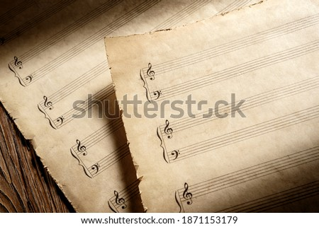 two old piano music heets ready to write musical notation Photo stock ©