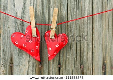 two red hearts on line