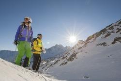 two skiiers before start
