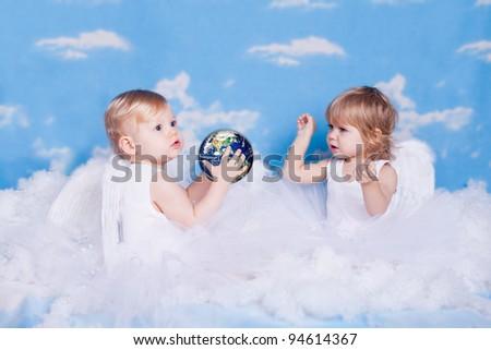 angel children playing - photo #22