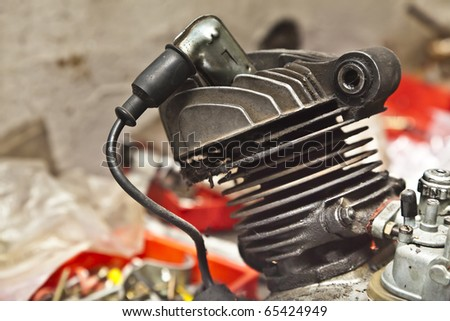Two stroke motorcycle engine