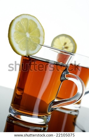 Two teas wit lemons