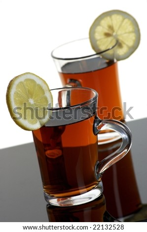 Two teas with lemons