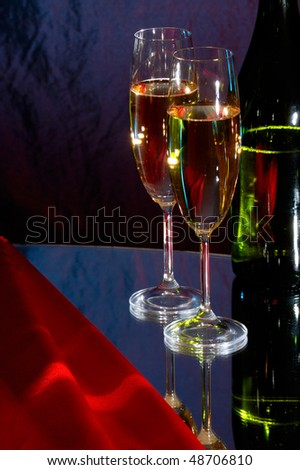Two wine glasses with champagne