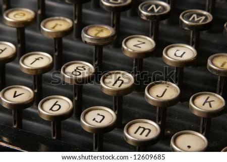 Typewriter small letters keys
