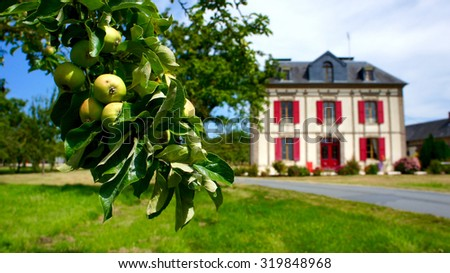 Typical French house in the Normady region - Cidrerie Photo stock ©