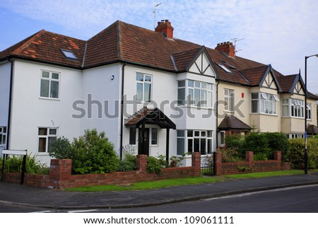 Typical 1930s semi detatched house with bay window in for 1930s bay window construction