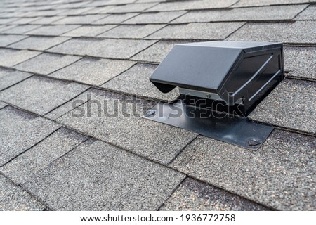 typical static passive vent installation on a residential roof Photo stock ©